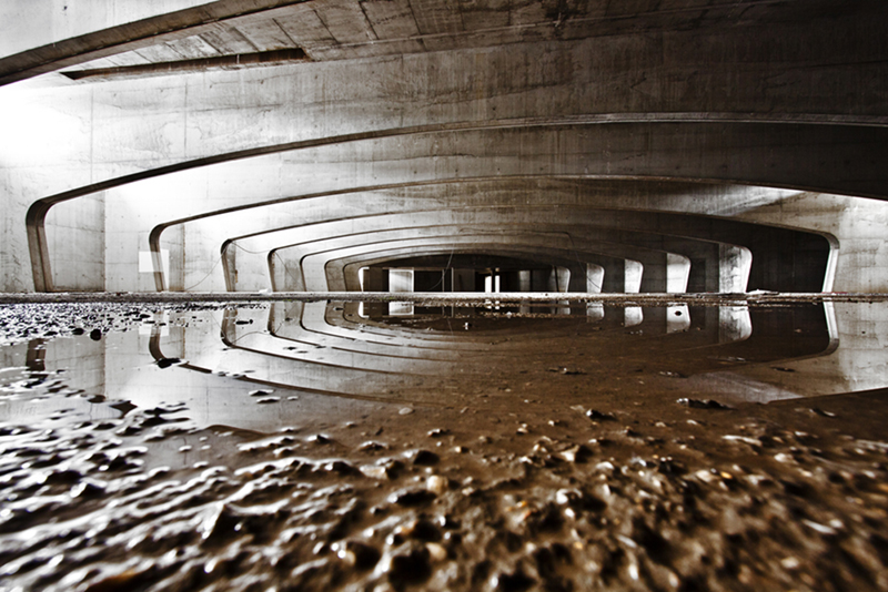 Metafisica cemento Conte