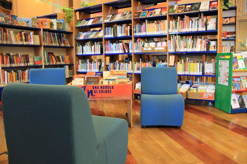 Alla biblioteca dei ragazzi il mercatino del libro usato for Mercatino usato trento