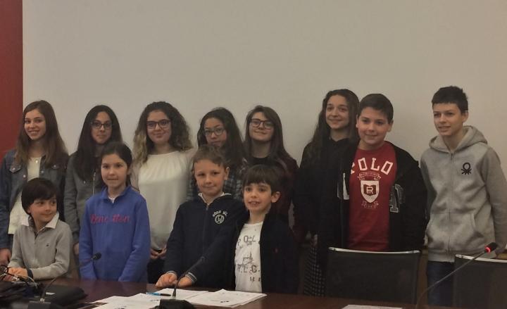 Studenti Istituto San-Vincenzo-qualificati-a-regionali-scacchi-2018