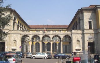Città_Monza_piazza_Garibaldi_-_Palazzo_di_Giustizia-346x220.jpg