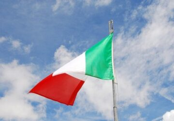 bandiera-italiana-360x250.jpg