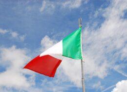 italian-flag-2517228_1920-260x188.jpg