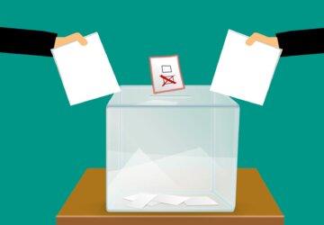 vote-3569999_1920-1-360x250.jpg
